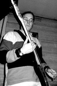 Nem's, guitariste cascadeur